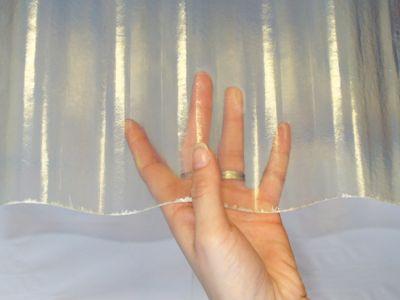 Пластиковый шифер, прозрачный шифер, кровельный волнистый пластик, пластиковая кровля